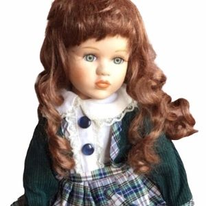 Crown ELAINE Porcelain Collector Doll with Stand